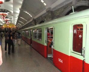 Pyongyang-Subway-Milne (1)